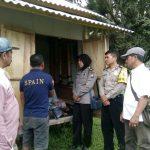 Anggota Bhabinkamtibmas Pendem Bersama Anggota Polsek Junrejo Polres Batu Melaksanakan Sambang Ke Masyarakat