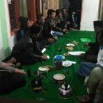 Anggota Bhabinkamtibmas Polsek Junrejo Polres Batu Lakukan Giat Kumpul Dengan Warganya Sampaikan Pesan Kamtibmas
