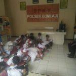 Polsek Bumiaji Polres Batu Terima Kunjungan dari SD Punten 1  Guna Kenalkan Tupoksi Kepolisisan