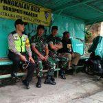 Polres Batu Dan TNI, Melaksanakan Pengamanan Giat Maulid Nabi Dari Paguyuban Lesung Nusantara Oleh Bhabinkamtibmas Polsek Batu Polres Batu