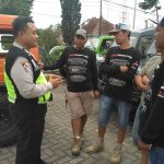 Anggota Polsek Batu Polres Batu Melaksanakan Tatap Muka Dengan Tokoh Pemuda Serta Sosialisasikan Tamu Wajib Lapor
