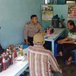 Anggota Bhabinkamtibmas Polsek Batu Polres Batu Serp Aspirasi Masyarakat Untuk menjaga Kerukunan Di Wilayah Binaanya