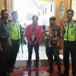 Anggota Polsek Junrejo Polres Batu Melaksanakan pengamanan Acara Ibadah DI Gereja