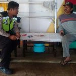 Bhabin Desa Pesanggrahan Polsek Batu Polres Batu Melaksanakan Pelayanan Kepolisian Secara Proaktif