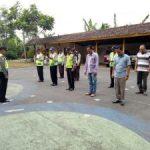 Anggota Polsek Pujon Polres Batu Laksanakan Apel Pagi di Mako Polres Pujon Tingkatkan Kedisiplinan