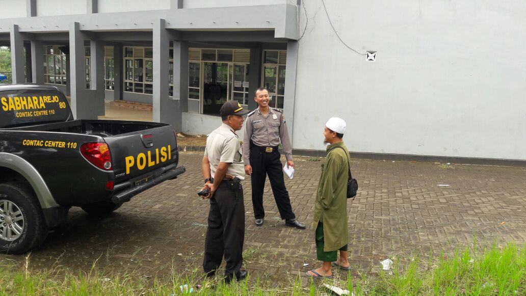 Kapolsek Junrejo Polres Batu Bersama Anggota Sambangi Pondok Pesantren As Sunnah Wall Jamaah.