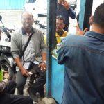 Anggota Bhabin Temas Polres Batu Sosialisasi Ngobrol Dengan Komunitas Paguyuban Ojek