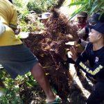 DDS, Bhabinkamtibmas Desa Kasembon Polsek Kasembon Polres Batu Bersama WargaKerja Bakti