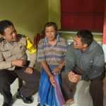 Anggota Bhabin Desa Sidomulyo Polsek Batu Kota Polres Batu Melakukan Silaturahmi Warga Masyarakat Desa Binaan