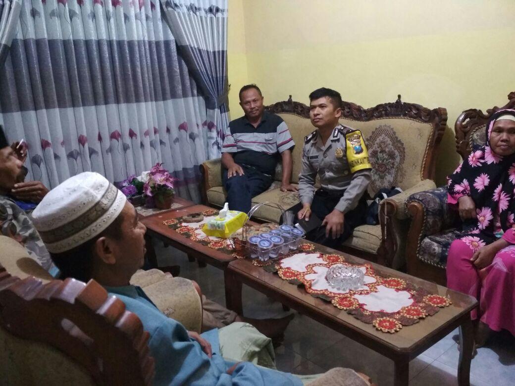 Babin desa Pendem Polsek Junrejo Polres Batu melaksanakan problem sloving di desa binaannya