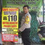 Anggota Bhabinkamtibmas Polsek Batu Kota Polres Batu Melaksanakan Sambang Ke Safe House Rumah Aman Kamtibmas 110