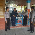 Sat Binmas Polres Batu Sambangi Para Petugas Keamanan Songgoriti