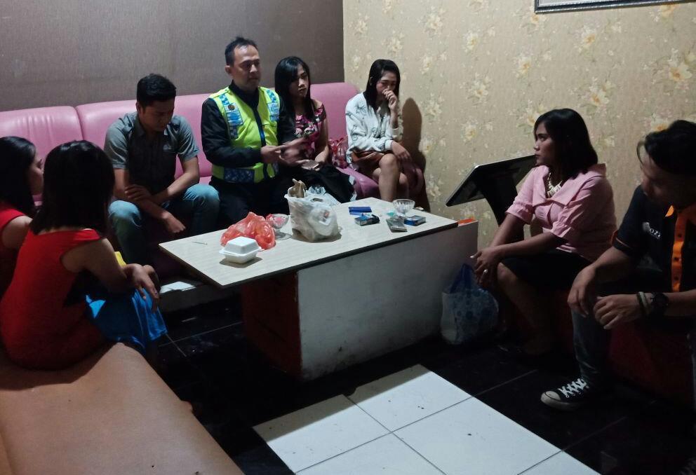 IMBANGAN OPS BINA KUSUMA SEMERU 2018 BHABINKAMTIBMAS TEMAS POLSEK BATU KOTA POLRES BATU BINLUH NARKOBA