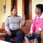 ANGGOTA BHABIN ORO ORO OMBO POLSEK BATU KOTA POLRES BATU LAKUKAN KUNJUNG PENJAGA HOME STAY