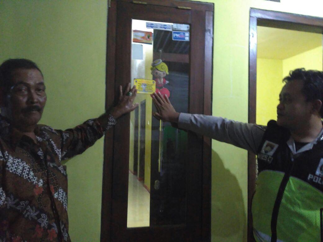 Anggota Bhabinkamtibmas Polsek Batu Kota Polres Batu Melaksanakan Kunjung Tokoh Masyarakat