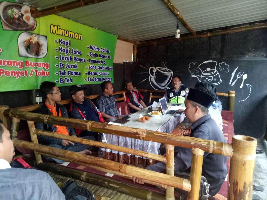 Bhabinkamtibmas Polsek Pujon Polres Batu Hadiri Rakor Komisioner Panwas Kabupaten Malang
