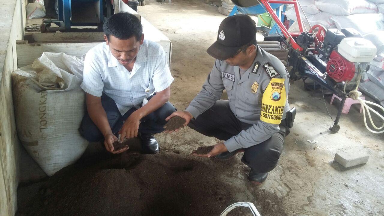 Kunjungan Kemitraan Bhabin Polsek Batu Polres Batu Ke Pengelola Limba Ternak BBPP