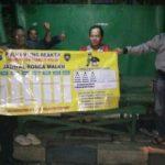 Bhabinkamtibmas Polsek Batu Kota Polres Batu Giatkan Sambang Poskamling Dan Memberikan Jadwal Giat Ronda Malam