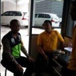Anggota Bhabin Polsek Batu Kota Polres Batu Melaksanakan Giat Sambang Dan Kunjungan Ke Satpam Di Wilayah Kelurahan Temas