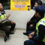 Anggota Polsek Batu Kota Polres Batu Melaksanakan Bentuk Kunjungan Kemitraan Dengan Satpam Hotel Di Wilayah Kota Batu