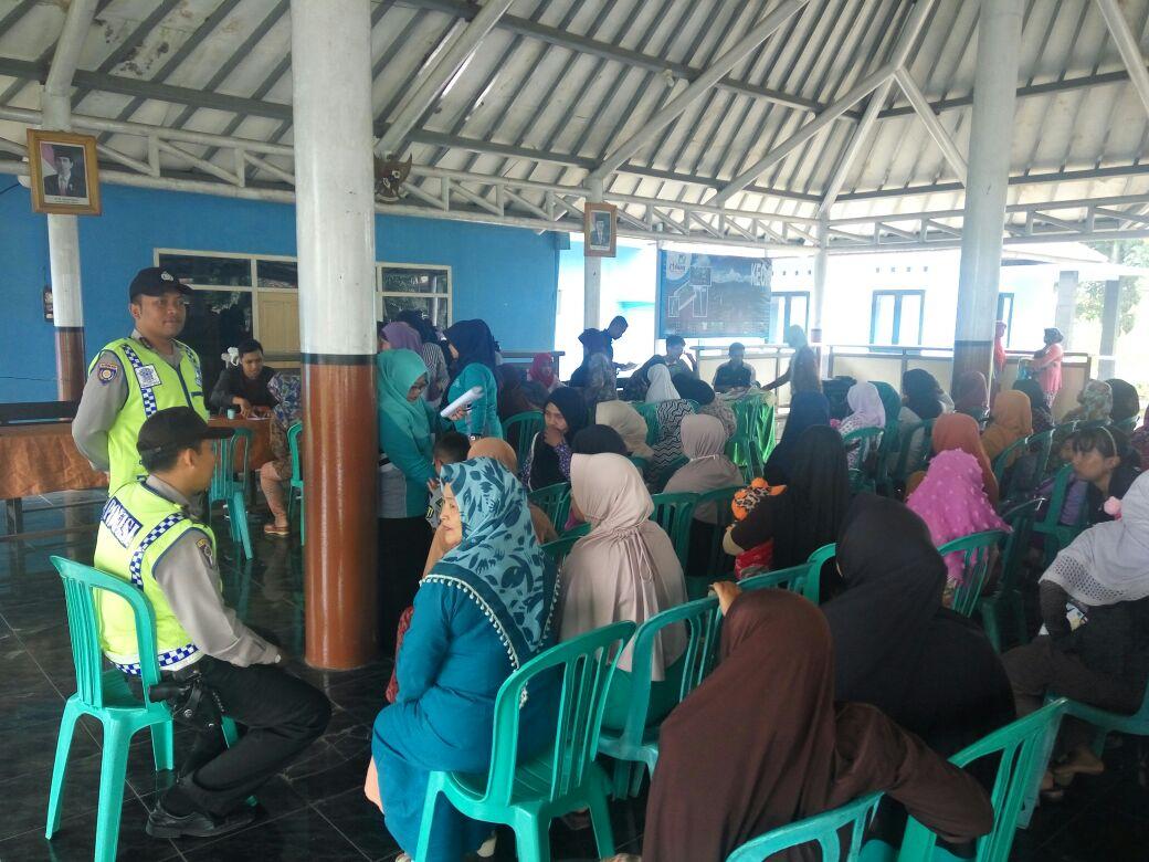 Laksanakan perintah dari Pimpinan untuk menggiatkan program DDS, Kapolsek Pujon Polres Batu Beserta Anggota Amankan Acara Warga Binaanya