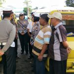 Ops keselamatan Semeru 2018, Anggota Srikandi Satlantas Polres Batu Binluh Sopir Angkot