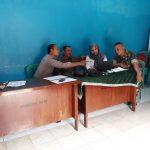 Sinergitas TNI POLRI, Bhabinkamtibmas Polsek Kasembon Bersama Babinsa Sambang Perangkat Desa