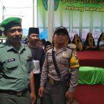 Sinergitas Anggota Polsek Junrejo Polres Batu Bersama Babinsa Melaksanakan Pengamanan Peringatan Paskah