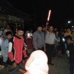 Kapolsek Pujon Polres Batu Dan Anggota Pengamanan Lomba Miniatur Truck Dalam Rangka Bersih Desa Wiyurejo