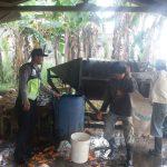 Melaksanakan Sambangi Petani Wortel Desa Bendosari Bhabin Polsek Pujon Polres Batu dalam Sampaikan Pesan Kamtibmas