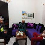 Anggota Bhabin Polsek Batu Polres Batu Kunjung Rutin ke Tempat Tokoh Masyarakat