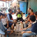Bhabin Cangkruan Kamtibmas Bersama paguyuban Truk Pasar Batu