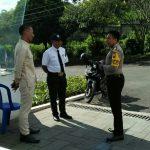 Peningkatan Pam Swakarsa Bhabinkamtibmas Kelurahan Sisir Polsek Batu Polres Batu Dengan Laksanakan Sambang Satpam Hotel Golden Tulip