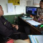 Anggota Bhabinkamtibmas Kelurahan Ngaglik Polsek Batu Kota Polres Batu Sambang Pam Swakarsa Satpam Disampaikan Pesan Kamtibmas