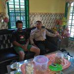 Kegiatan Sambang Bhabinkamtibmas Desa Bayem Polsek Kasembon Polres Batu Ke Rumah Ketua RT Desa Bayem