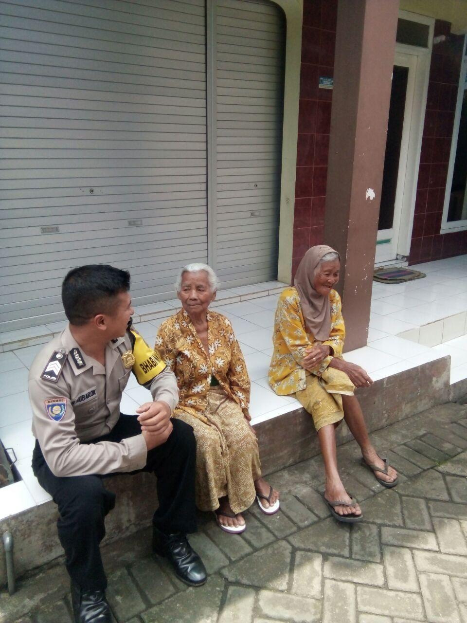 Polsek Junrejo Polres Batu Melaksanakan Kegiatan Kunjungan Warga