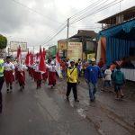 Polsek Pujon Beserta Anggota BKO Dari Polres Batu Melaksanakan Pengamanan Giat Kirab Tumpeng Dan Karnaval Di Desa Pujonlor