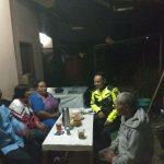 Anggota Bhabin Polsek Batu Kota Polres Batu Laksanakan Silaturohmi Pada Tokoh Masyarakat Sampaikan Kerukunan Warga Ngaglik
