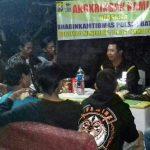 Anggota Bhabin Kelurahan Songgokerto Kota Batu Polsek Batu Polres Batu Gelar Angkringan Kamling