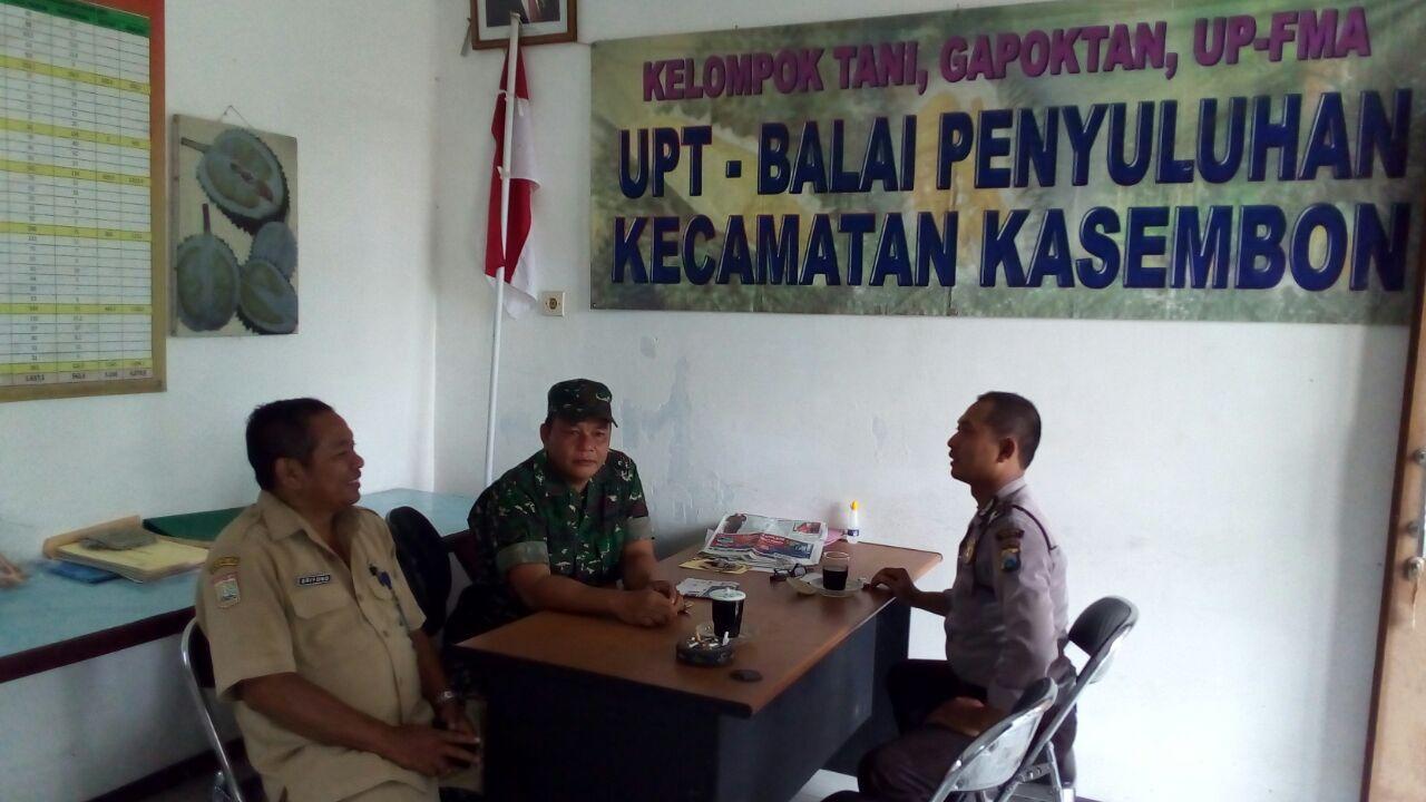Bhabinkamtibmas desa Kasembon Polres Batu Sambang Kepala Koordinator BPD