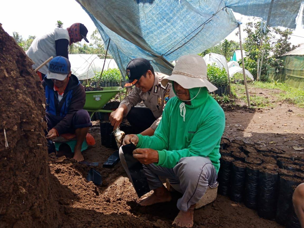 Kegiatan Sambang Silaturahmi Kamtibmas, BHABIN POLSEK BATU POLRES BATU LAKUKAN KEGIATAN SAMBANG WARGA BINAANYA