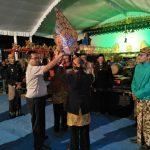 Kapolsek  Pujon Polres Batu Menghadiri Pertunjukan Wayang Kulit