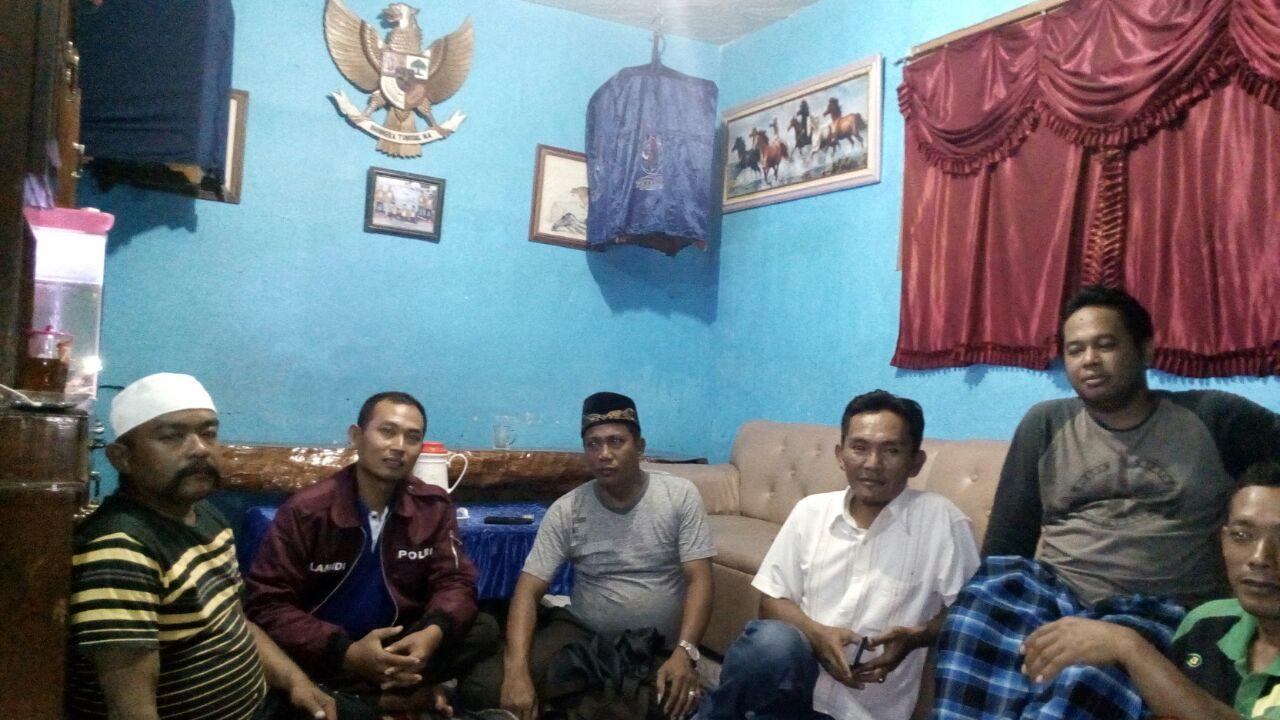Giat Sambang Bhabinkamtibmas Desa Kasembon Polsek Kasembon Polres Batu Kepada Warga Desa Binaan