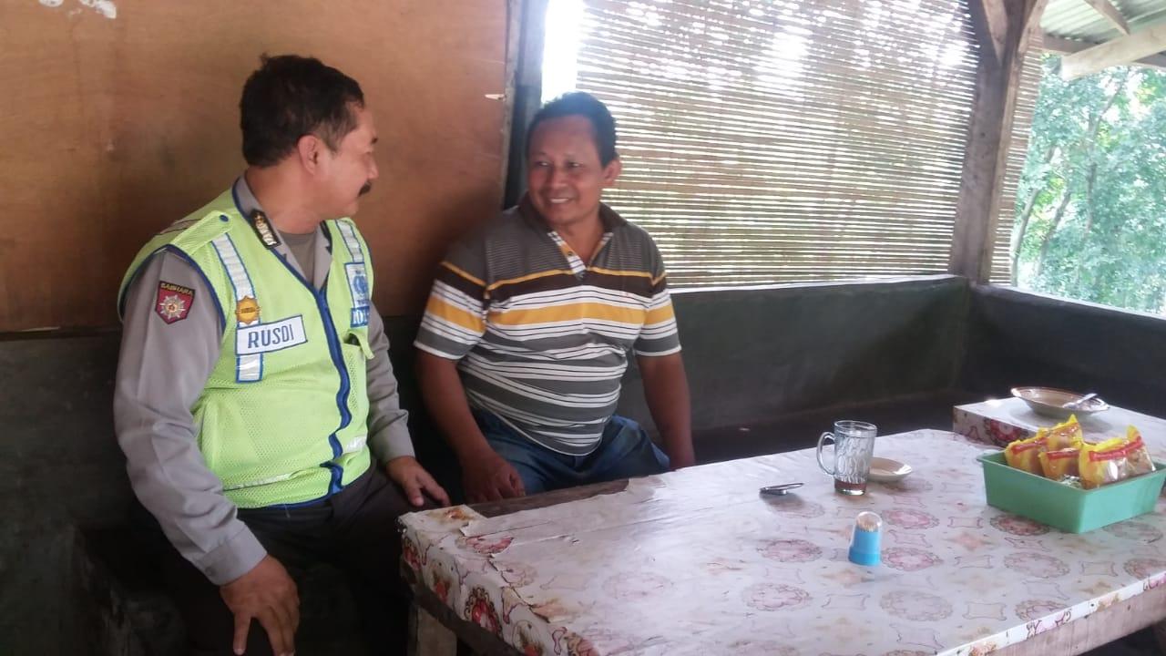Patroli Dialogis Tatap Muka Kanit Sabhara Polsek Kasembon Dalam Memelihara Kamtibmas