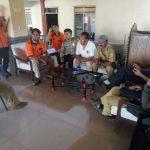 Bhabin desa Pendem Polsek Junrejo Polres Batu hadiri tatap muka masyarakat dengan anggota DPRD kota Batu.