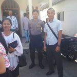 Kanit intel Polsek Junrejo Polres Batu beserta anggota laksanakan pengamanan ibadah Kebaktian Minggu di Gereja Pantekosta Junrejo.