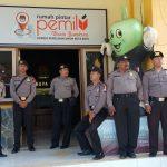 Polres Batu Melaksanakan pengamanan pelipatan dan peryortiran Surat Suara Di KPU Kota Batu