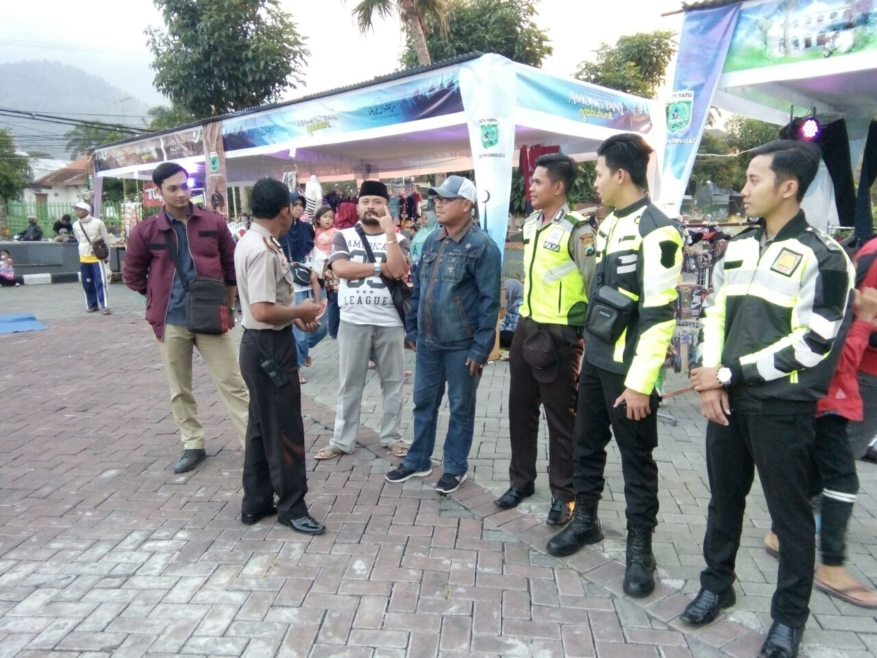 Polres Batu Melaksanakan Pengamanan Festifal Budaya Religi di Among Tani