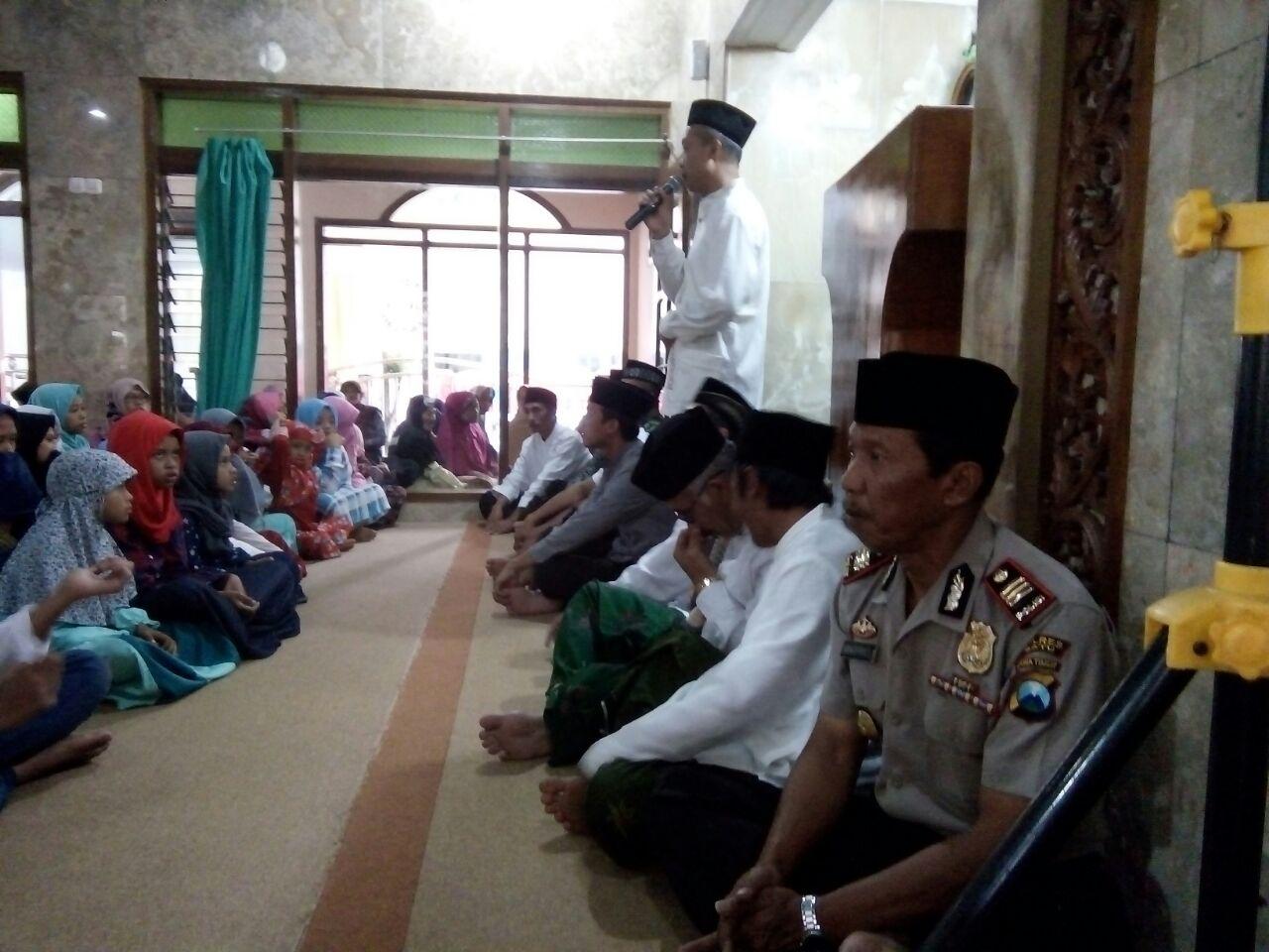 Kapolsek Batu Menghadiri Safari Romadhon Di Masjid Baitul Jannah Sumberejo
