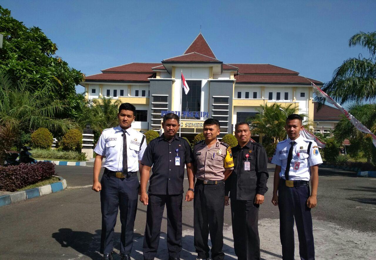 Bhabin  Polsek Junrejo Polres Batu laksanakan sambang pada security P4TK  PKN dan IPS kota Batu.